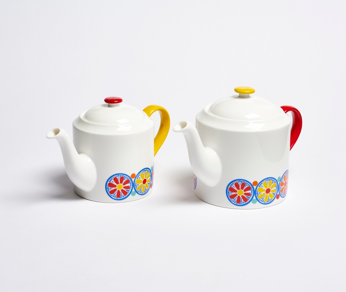 Anna Hayman teapot design