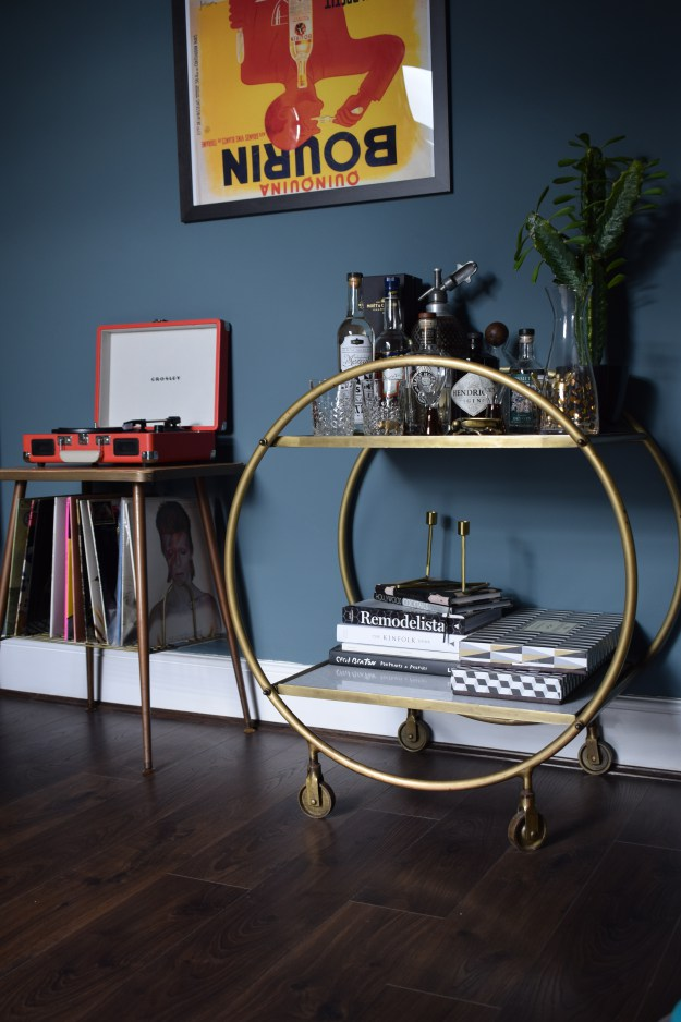 Eclectic-Modern-Bohemian-interior-decor-brass-marble-cocktail-trolley-vintage-record-stand