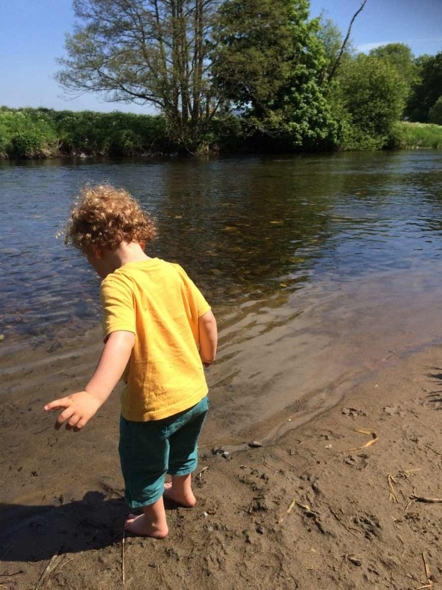 mindful walking with toddlers
