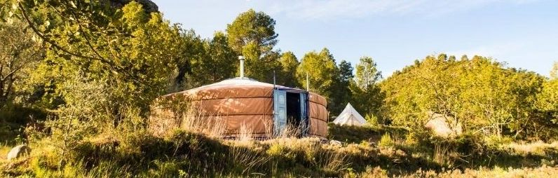 Yurt Living In Spain Meet Kausay Eco Community Nina S Apartment After a year and a half of living in a brooklyn apartment, casey brown and danfung dennis started hatching an escape plan. yurt living in spain meet kausay eco