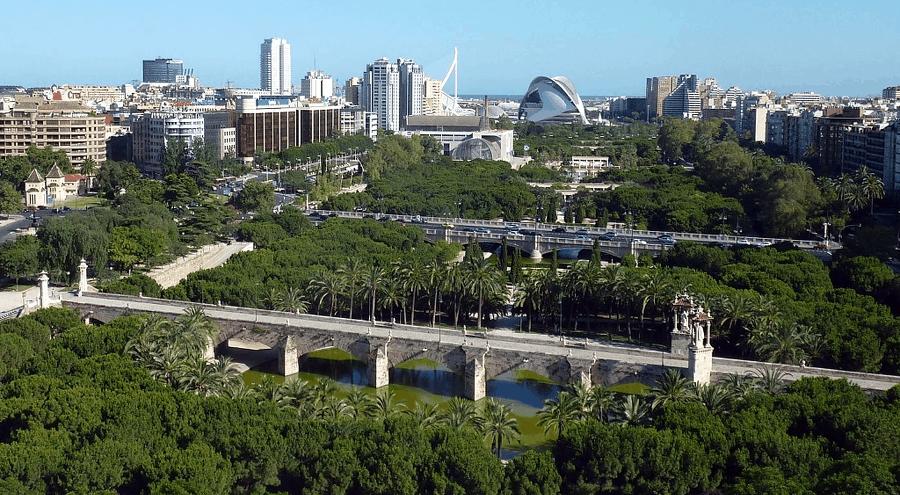 expat neighbourhoods in Valencia